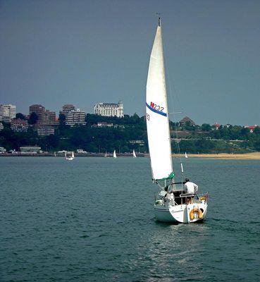 cruzando la bahia de Santander