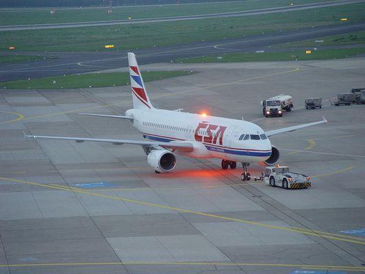 CSA D´dorf Airport