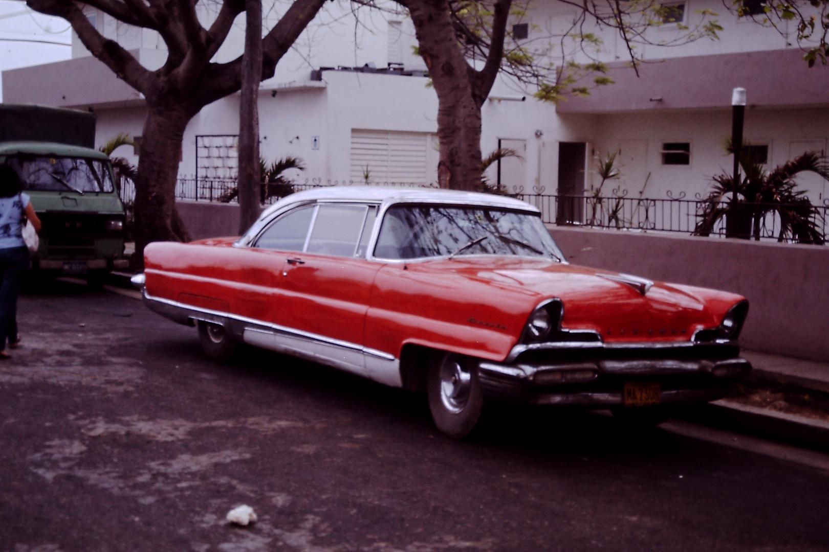 Cuba-Cars 1_87