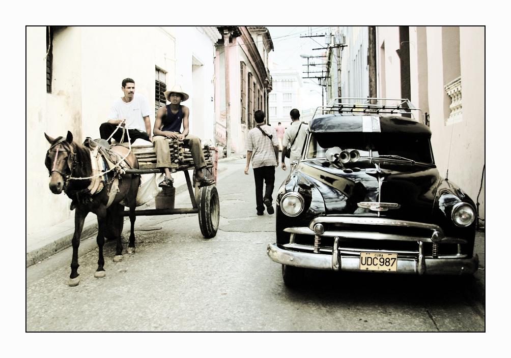 CUBA – motores de caballos