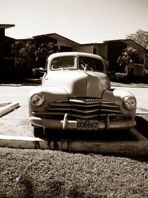 Cuban-Car 2