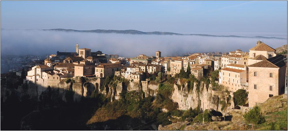 Cuenca in der Morgensonne