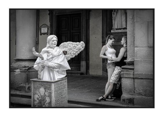 Cupido: - SOTTO A CHI TOCCA!!