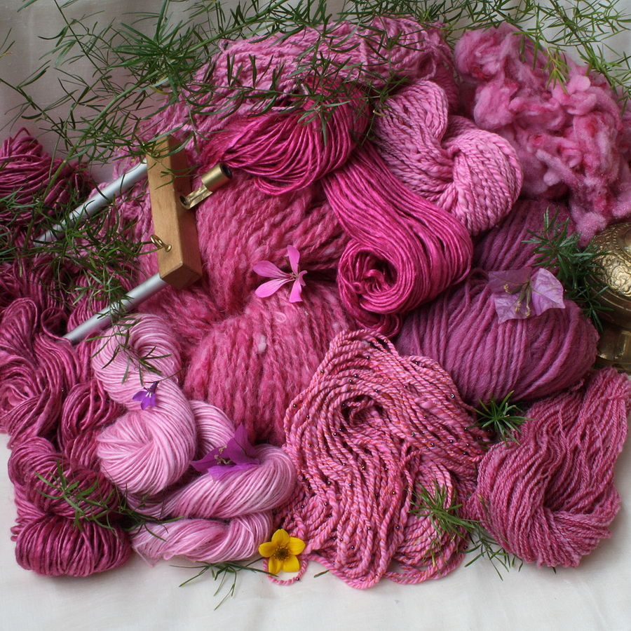 cyclam dyed yarns