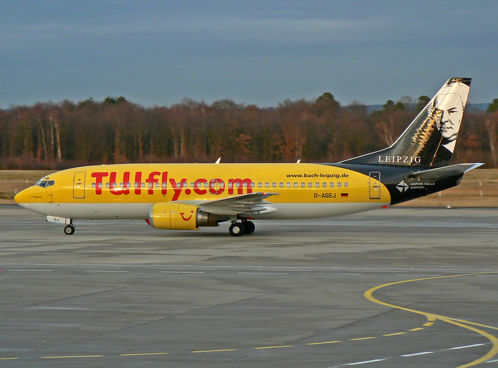 D-AGEJ TUIfly B737-300