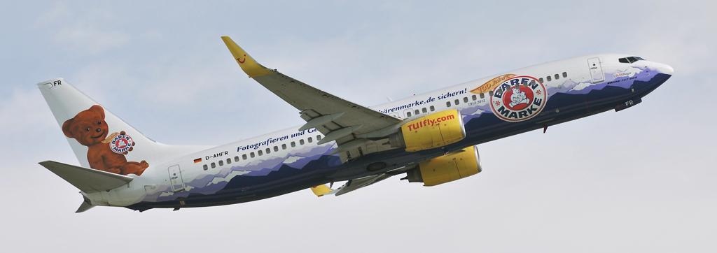 D-AHFR - TUIfly - Boeing 737 - Bärenmarke