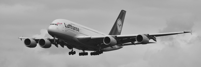 D-AIMB - Lufthansa - Airbus A380 - FC Bayern