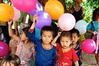 ... da freut sich das laotische Kinderherz
