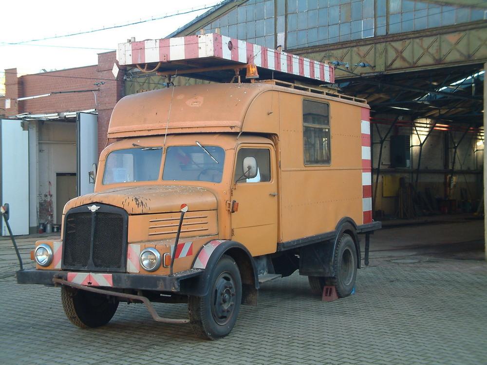 Da ist ein ehemaliger turmwagen des NVK.