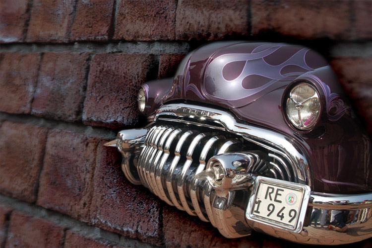 Da kommt ein Buick durch die Wand...