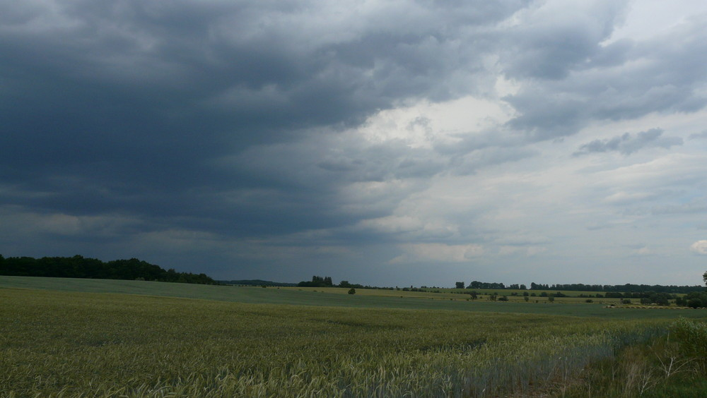 Da prallen 2 Wolken aufeinander