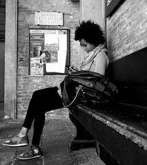 ...da seduto su una panchina...4
