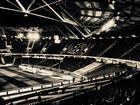 da war das stadion noch leer und ruhig ...