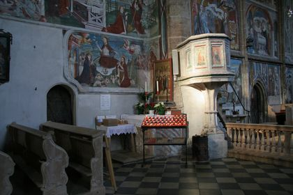 Innenansichten  Kirchen