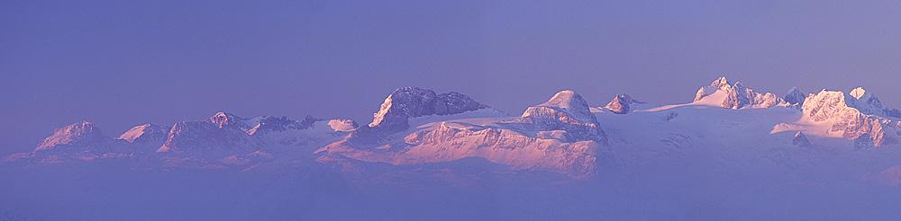Dachstein bei Sonnenaufgang
