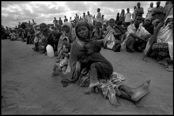 DADAAB le plus grand camp de réfugiés du monde