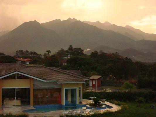 Dämmerung in den Brasilianischen Alpen