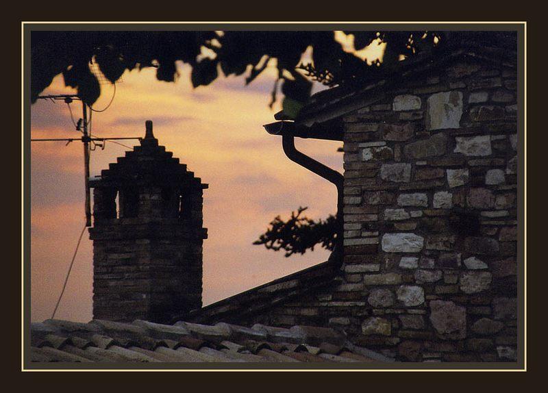 Dämmerung über Assisi