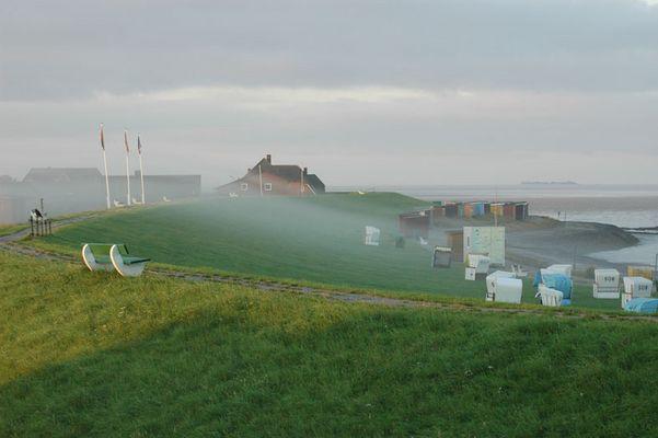Dagebüll - Strand im Morgennebel
