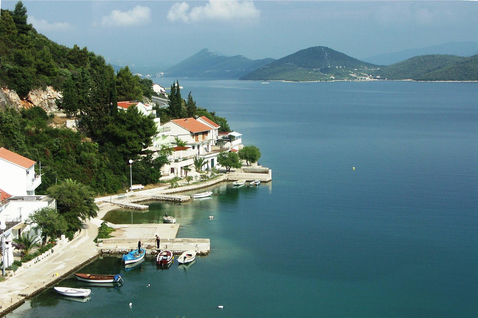 Dalmatien: im Hintergrund die Halbinsel Peljesac