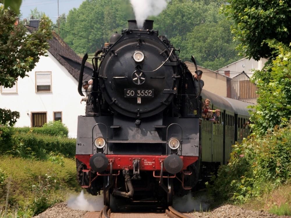Dampf im Brexbachtal (1)