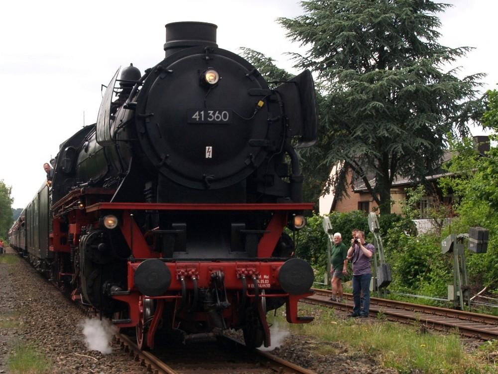 Dampf im Brexbachtal (2)
