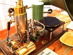 Dampfgrammophon, Details