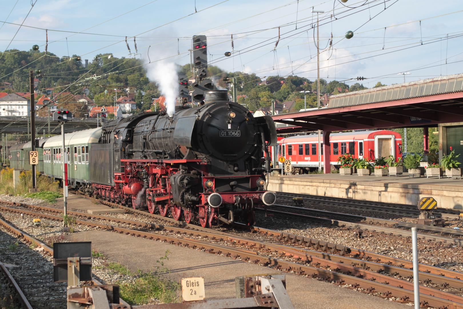 Dampflok 01 1066