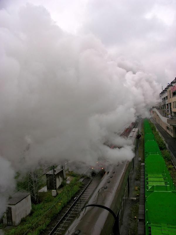 Dampfwolke über dem Bf. Siegen