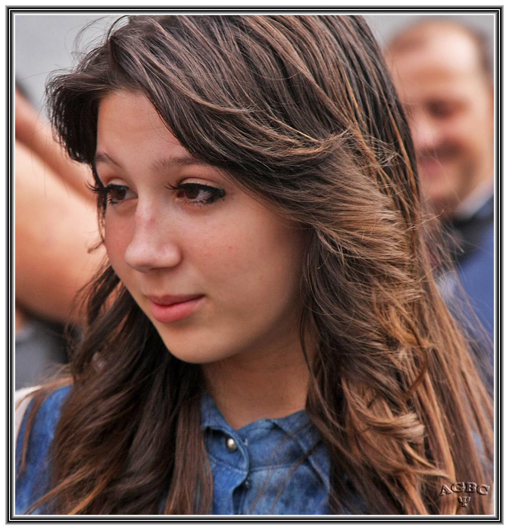 Dana, Hija de Anna R. Muy timida y guapa. GKM5-I