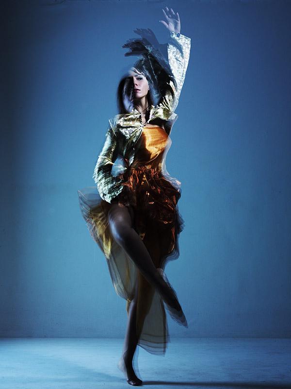 *DANCE*