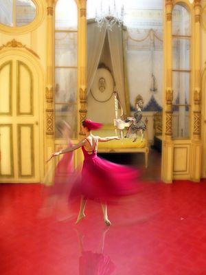 DANCE A LA CHAMBRE