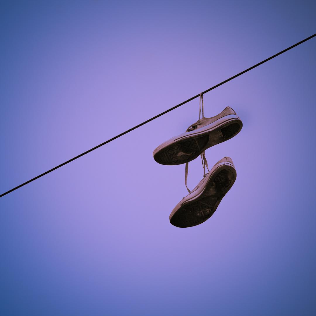 Dangly Sneaker In The Sky