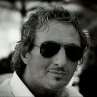 Daniele Musiari telefonino