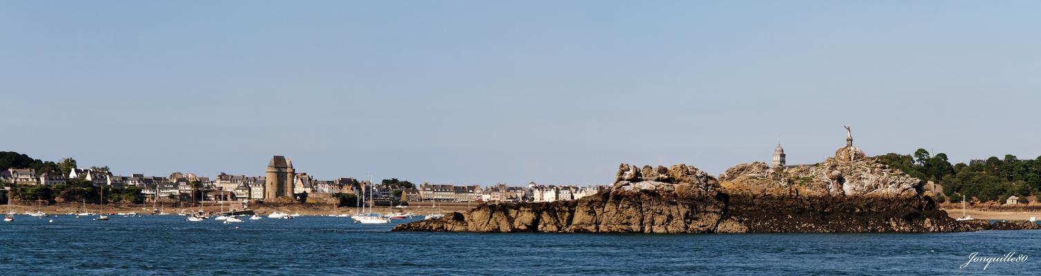 Dans la baie de St-Malo - La tour Solidor