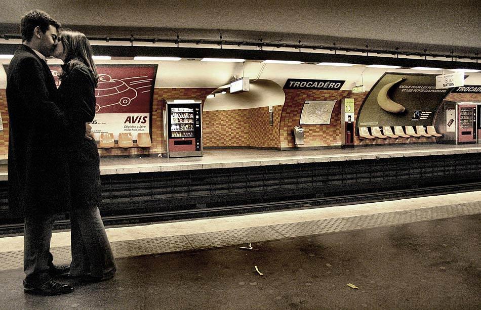 dans le métro V