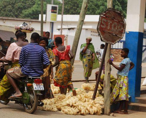 Dans les rues de Kpalimé, Togo 2009