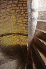 Dans l'escalier en colimaçon