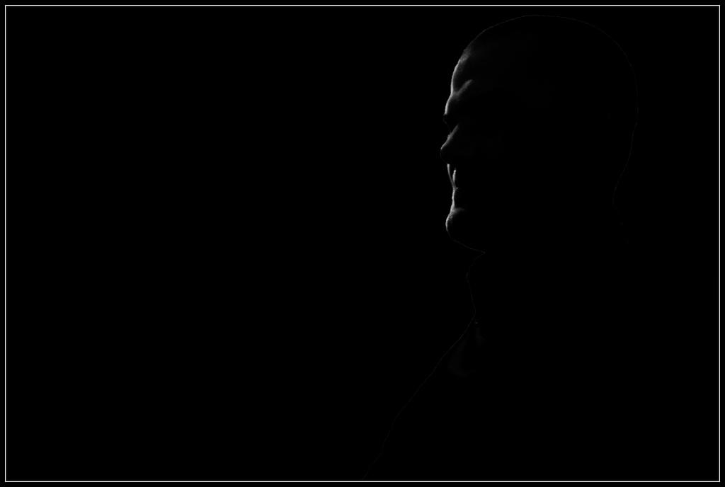 Dans l'ombre ...