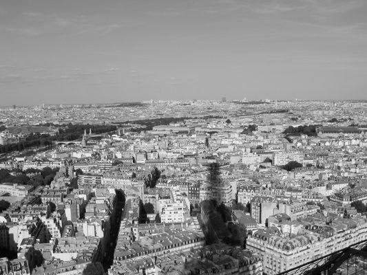 Dans l'ombre d'Eiffel