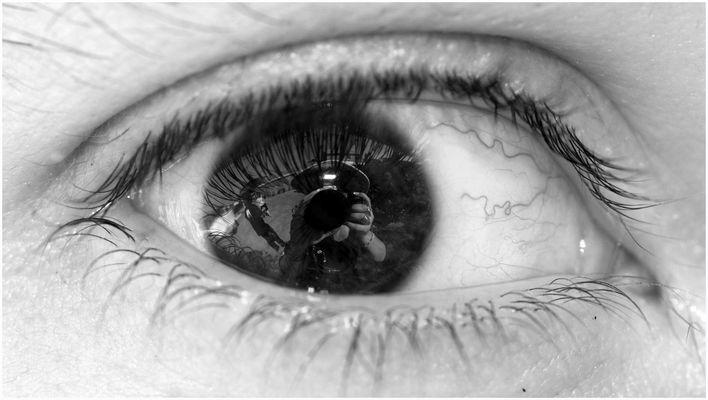 """Dans son iris"""
