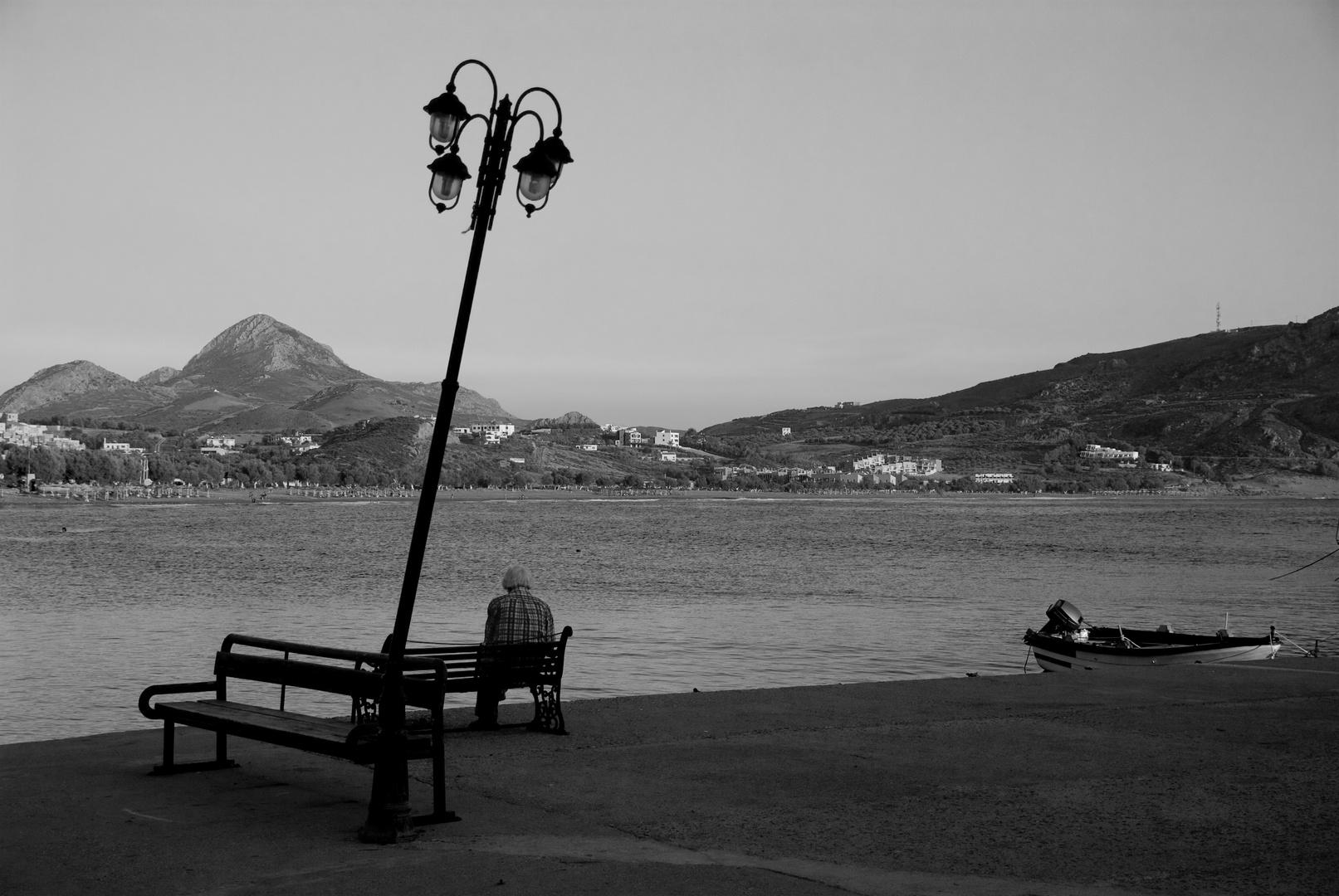 Dans un petit port en Crète