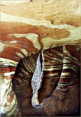 Dans une grotte de Petra