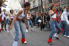 danse danse c'est la fete