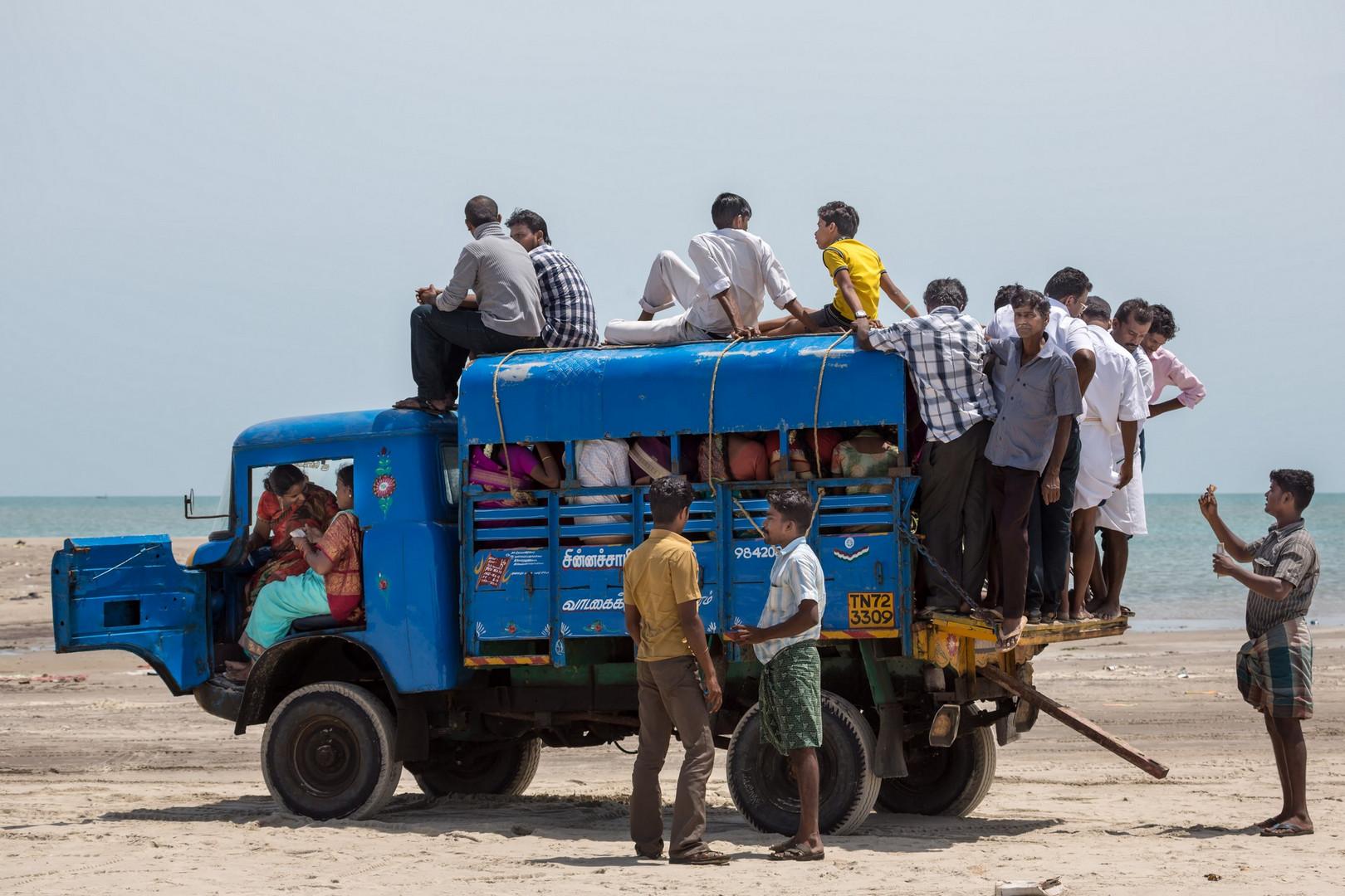 Danushkodi, pointe sud d' l'île de Rameswaram où les Indiens viennent ...