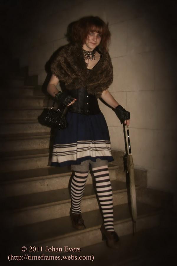 Dark Lolita Cosplay