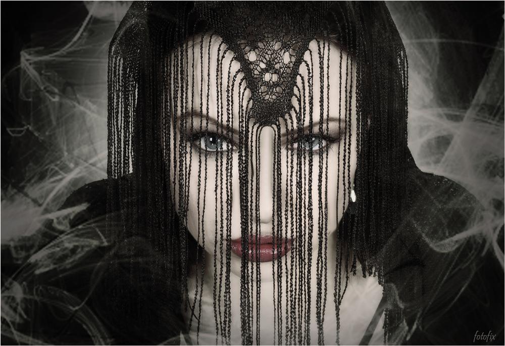 Dark Side of Anny