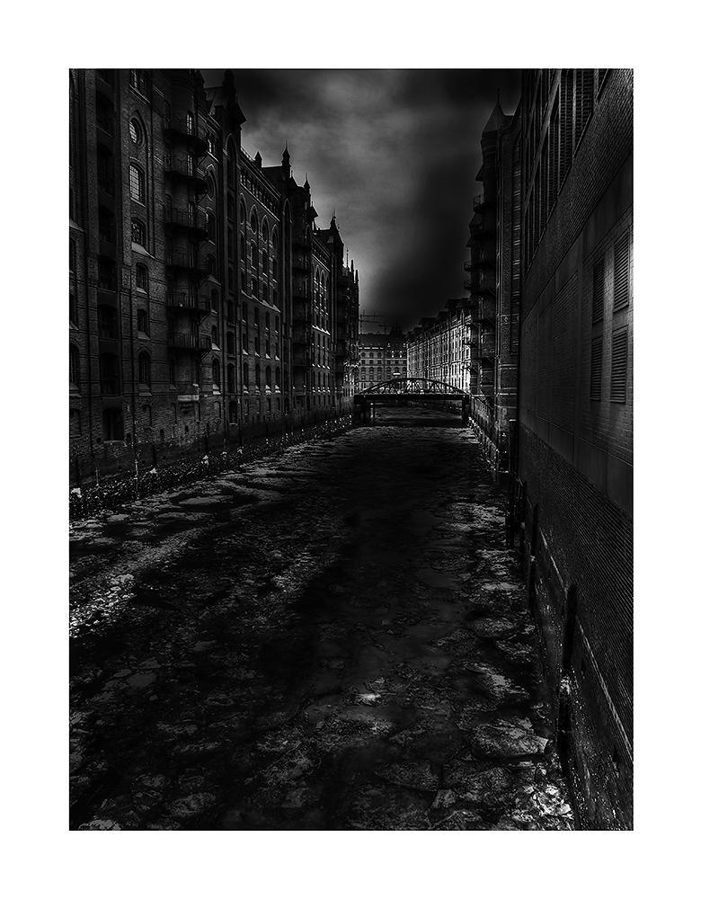 Darkness in der Speicherstadt