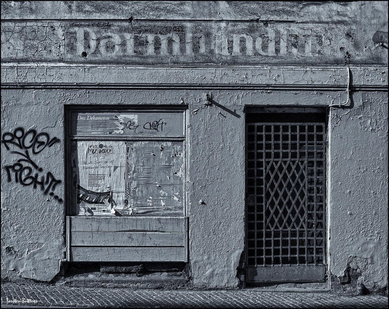 Darmhandlung