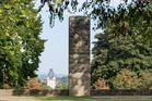 """Das """"87er Denkmal"""" auf der Mainzer Festung Windmühlenberg"""